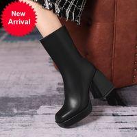 2020 Продажа лодыжки горячая кожаная дама короткая большая осень и зима супер высокие каблуки повседневные ботинки FEBX