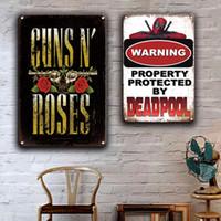 2021 Engraçado ADVERTÊNCIA Nenhuma arma transgressora N Rosas Metal Plaque de lata de estanho vintage Beware do cão do poster do cão do cão Decoração da parede da casa da casa retro