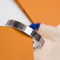 2020 Mode Nouveau Bracelet de bracelet en acier inoxydable 316L avec tournevis et vis d'origine Ne perdez jamais de bijoux