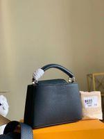M56770 Capucines Mini Çanta Torillon Deri Atlantik Koyu Mavi Renk Klasik Kadın Tote Elle veya Omuz Askısı