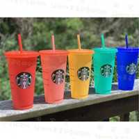الولايات المتحدة الأسهم ستاربكس 24 أوقية / 710 ملليلتر بلاستيكية بلاستيكية قابلة لإعادة الاستخدام شرب شرب مسطح قاع كوب عمود شكل غطاء القش القدح بارديا 50 قطع