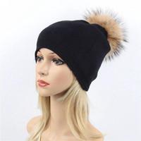 Bere / Kafatası Kapaklar Kadınlar Gerçek Kürk Pom Şapka Kadın Kış Yün Sonbahar Örme Beanies Top Kap Bayanlar Kaşmir Doğal Rakun Ponpon Hat1