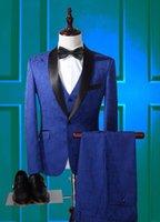 2020 bragas de la capa más reciente modelo diseña azul real de los hombres Traje Slim Fit 3 pieza Trajes Tuxedo estilo personalizado novio Prom Blazer Masculino