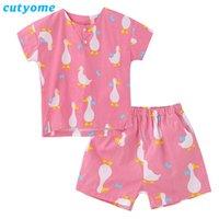 Historieta de la manga Cutyome Kids Summer pijamas Set Corto pato 100% algodón muchachas de los bebés Pijamas Niño Sleeprobe Homewear Ropa c1114