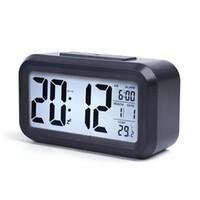 Smart Sensor Nightlight Digital Reloj de alarma con calendario de termómetro de temperatura, Mesa de escritorio silenciosa Reloj despertador de la cama Snooze W82