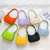 Nuevo diseñador de moda chicas mini bolsos para niños princesa mini cambio monedero niños casual bolsas de mensajero una bolsa de hombro S913