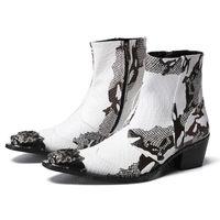 أزياء معدنية تو الرمز البريدي رجل أحذية حزب عالية الكعب بيثون منقوشة الرجال اليدوية كاوبوي الكاحل الأحذية للذكور