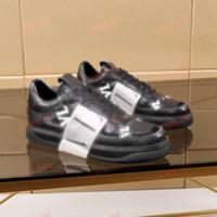 أفضل بائع White Men's Boutique Shoes سميكة سوليد عارضة 520 أحذية رياضية حار بيع جلدية بلون اللباس أحذية 38-44 UP234