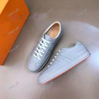 Hermes shoes 2020 NUEVAS H Sneakers Top Fashion Cowhide Hombres Cómodos zapatos planos Casual Zapatos bajos Zapatos deportivos al aire libre
