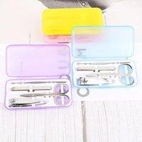 Acciaio inossidabile 4 pz / set Unghie Tools Kit Kit Manicure Scissori per unghie Set Set di unghia portatile Trimmers Strumenti per unghie Set di scatola di plastica DH1390 T03