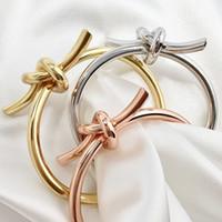 العصرية مفتوحة عقدة صفعة أساور أساور للنساء النحاس الذهب اللون مجوهرات noeud رنانيكيت pulseiras