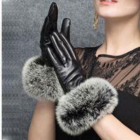 Cinq doigts Gants Cuir de luxe avec véritable fourrure Femmes Mode 2021 Hiver Rouge Main Chaud Black Glove Gant Femmes Conduite de Glôves maturales1