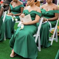 Vestidos de dama de honor verde Diseño único 2021 Nuevo satén Boda Vestidos de invitados Sirena Off Hombro Junior Maid of Honor Vestido Custom Barato