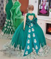 Симпатичной девушки Pageant платья Hunter Green Flower Girl платье с Bow кружева аппликация V-образным вырезом девушки партии вечера платья выпускного вечера Выпускные платья