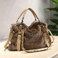Mode Pelz Frauen Handtasche Plüsch 2020 Neue Herbst und Winter Nachahmung Kaninchen Haar Schulter Für Frauen Weibliche Luxus Tasche Q1230