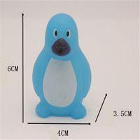 Mischtiere Schwimmen Wasser Spielzeug Bunte weiche schwimmende Gummi Ente Squeeze Sound Quietschendes Badespielzeug für Babybad Spielzeug 138 G2