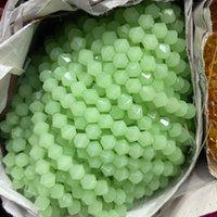 보석 만들기를위한 JADE GREEN BICONE는 크리스탈 유리 구슬 4mm짜리 # 5301 SPACER 구슬