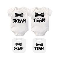 Ysculbutol Baby Twins Bodysuits and Bibs Dream Team Two sets Dddler Boy Girl Ropa Divertida ducha de ducha de cumpleaños para 0-12 meses Y1113