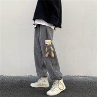 I pantaloni casual in velluto a coste ordinari da uomo orso in primavera e in autunno