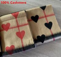 2020 mode hiver coeur rouge 100% cachemire Foulard pour femmes et hommes Foulard en cachemire classique en chèque et coeur Infinity Scarfs Châle