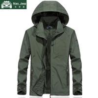 Outwear Giacca impermeabile militare Uomini Plus Size Primavera Autunno Uomini Windbreaker Quick Dry Mens Jackets traspirante con cappuccio cappotti X1025