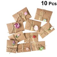 10pcs lot Retro DIY Kraft Paper Handmade Dried Flowers with envelope Greeting Card Christmas New Year Card Birthday Gift