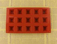 Hot Bar Comedor Molde de chocolate de silicona Pirámide de resina Moldes de jabón de hielo Caramelo de hielo Jello Gummy Molde Pastel de hornear Postre Pastelería Molde