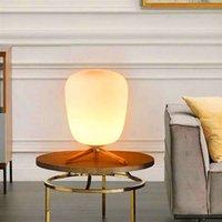 حار بيع فائقة الحديثة مصغرة الأزياء متجمد الزجاج عاكس الضوء وأقوس خشبي الملمس الجدول دراسة مصباح مع مصدر ضوء الولايات المتحدة