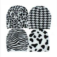 Tricotée Zebra Vache Hat Femmes Lattice Noir Blanc Bonnet Skullies hiver chaud tricot extérieur Ski Casual Bonnet Hip Hop Cap LJJP589