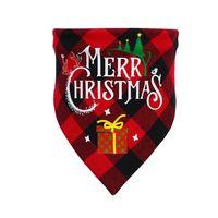 64 * 44 * 44 cm Abbigliamento PET Abbigliamento cane Cat Cat Neckercheif Christmas Grid Triangolare Sciarpa Saliva Tissue Plaid Snowman Santa Bibs Bibs Burp E102701
