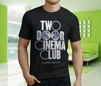 Novo Popular Duas Portas Cinema Clube Turista História Mens Preto T-shirt S-3XL1