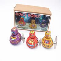 Hot Clockwork Space Robot Juguetes Restauración Antigua Formas antiguas Vintage Mecánico Robot Robot Robot Tin Collection Juguete Niños Regalo