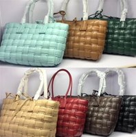 Womens Pillow Commuter Single Bags Woven Shoulder Messenger Upkfk Designers Fashion New Shopping Large-capacity Hothv