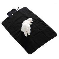 Couverture de chien étanche Grand Tapis de lit en polaire de pique-nique souple pour la taille de voyage en plein air (noir) 1