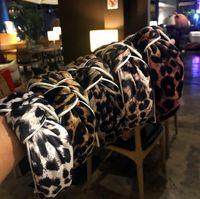 Корейский дизайнер леопардовый принт пересечения завязки повязки моды мода шарм женские бренды волосы обруч широкие края для волос Twist Turban Headwarps аксессуары