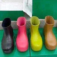 2021 bottega venet diseñador de moda las mujeres PUDDLE corto RAINBOOTS luz calzados informales de cuero impermeables de goma genuina de gran tamaño único Varios botas de colores
