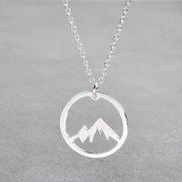 الذهب والفضة اللون قلادة جبل ثلجي قلادة الجبل لذيذ التنزه الطبيعة في الهواء الطلق مجوهرات تسلق الجبال PS0953