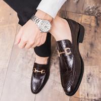 Uomini New alta qualità formale Scarpe Affari Brogue scarpe di coccodrillo di vestito degli uomini del maschio matrimonio informale del partito della pelle Mocassini Plus Size 47