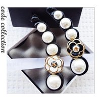 Clips de cheveux Barrettes Top Arrivée Coréen Imitation Pearl Claw Vintage Camélis Simple Camélia Puisselle à cheveux luxueux élégant pour fille accessoires1