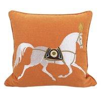 Cubierta de cojín Sofá sencillo y moderno de estilo chino sostiene almohada Hong Kong Tipo ligero Luz de lujo Caballo de color naranja para apoyarse en paquete
