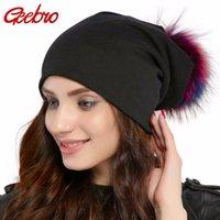 Geebro Marken-Frauen-Hut-beiläufige Baumwolle Pompom Beanies Hüte Waschbär Fox-Pelz-Pompon Skullies Balaclava Kappen für Frauen JS294 201008