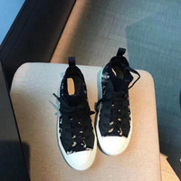 Dior Shoes 2021 Новый стиль холст обувь дамы женские женские высококачественные низкососные холст тиснение микрофибры печатные сандалии кроссовки