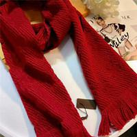 Hot Selling Femmes Hommes Automne et hiver Laine tricotée Lettre classique Foulard de fleur Taille 180 * 32cm Écharpe Livraison gratuite