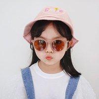 Солнцезащитные очки 2021 Мода Классические круглые Детские Солнцезащитные Очки Бренд Дизайнер Мальчик Девушка Красочные Ретро Дети Розовый Goggle De Sol UV4001