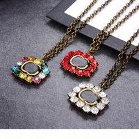 Vintage bunte Diamant Halskette Marke Buchstaben Kristall Halsketten Frauen Anhänger Halskette Mädchen Exquisite Anhänger Schmuck Geschenk