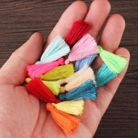 100 stücke Mini Baumwollfaden Quaste DIY Handwerk Liefert Armband Ohrringe Zubehör Haardekoration Material Halskette Key Fring H Jllrdu