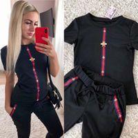 5 Renk Yeni Bayan Tasarımcı Baskılı Spor Takım Elbise Kısa Kollu Gömlek Ve Pantolon İki Parçalı Setleri Kıyafetler Takım Elbise Eşofman Boyut S ~ 2XL