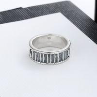Meilleure vente Argent Plated Ring Hommes et femmes Couple Couple Ring Anneau Nouveau produit Personnalité Bague Fashion Bijoux Fourniture