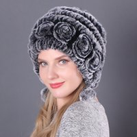 Hot Sale Winter Women Flowers Striped Natural Real Rex Rabbit Fur Hats Lady Warm Knit Genuine Fur Caps Russian Outdoor Fur Hats 201012