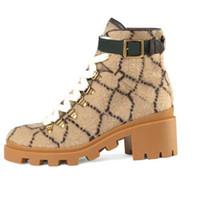مارتن أحذية قصيرة 100٪ جلد البقر حزام مشبك المعادن النساء الأحذية الكلاسيكية النحل سميكة الكعوب الجلود مصمم عالية الكعب الأزياء الماس سيدة التمهيد حجم كبير 36-41-42 US4-US1